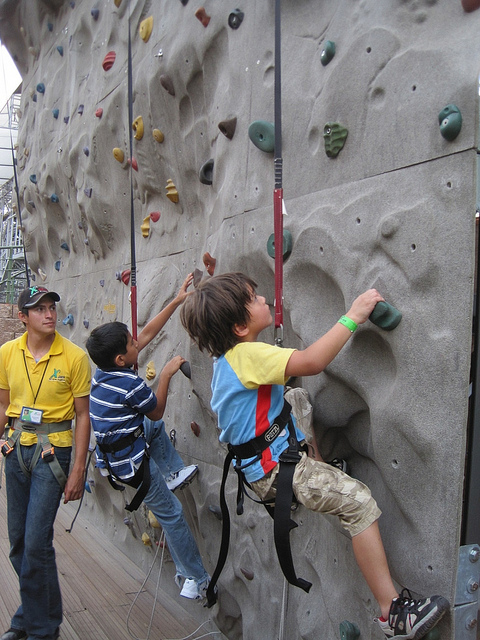 Kids Rock Climbing - Image Credit: https://www.flickr.com/photos/lifeoftravel/5036731279